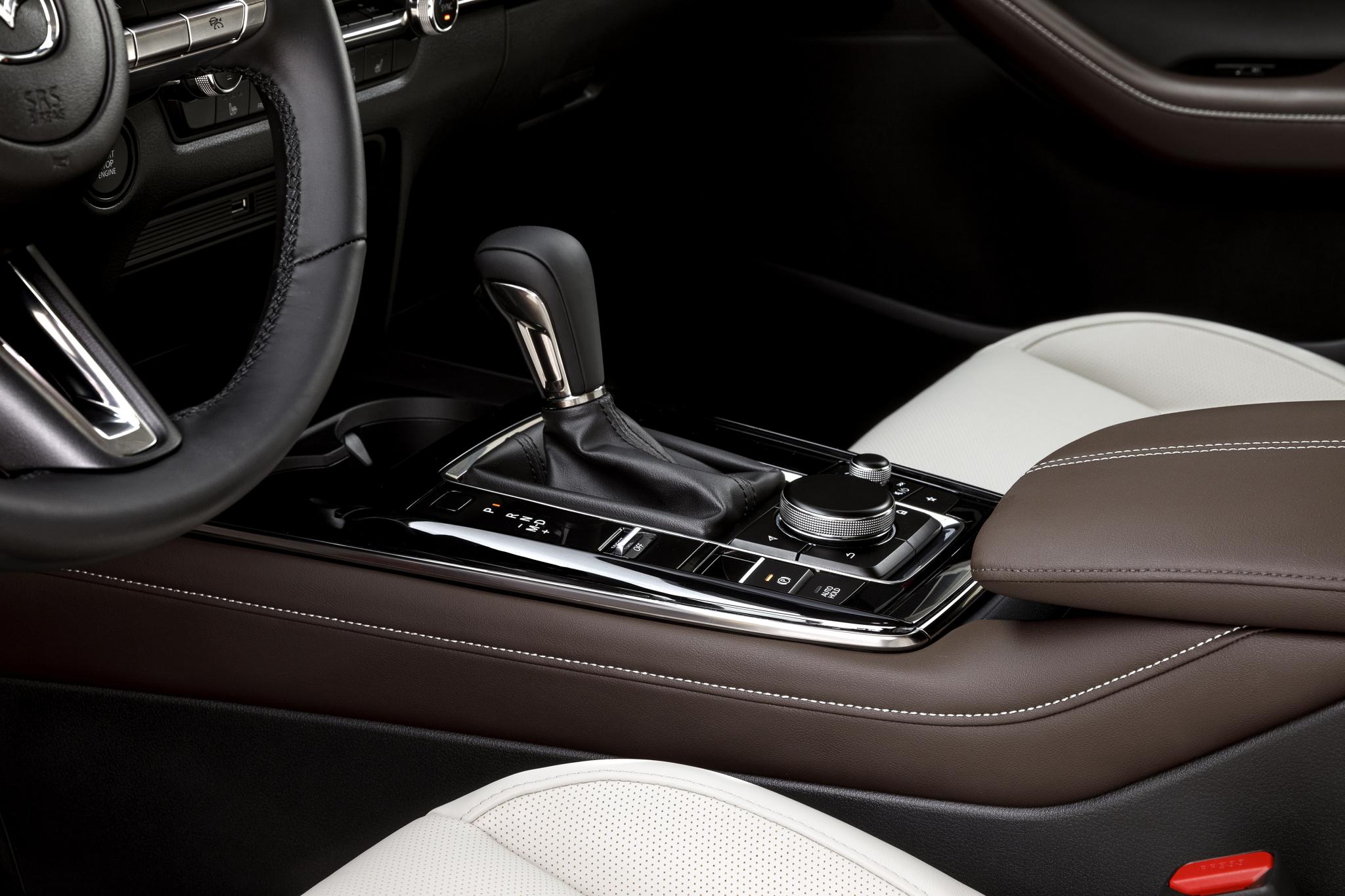 2020_Mazda_CX-30_Interior_25