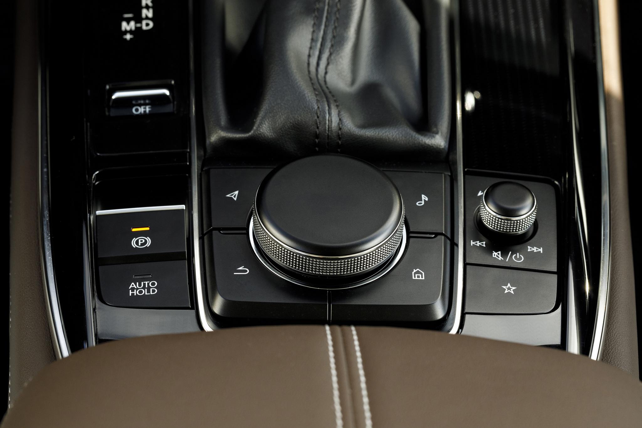 2020_Mazda_CX-30_Interior_31