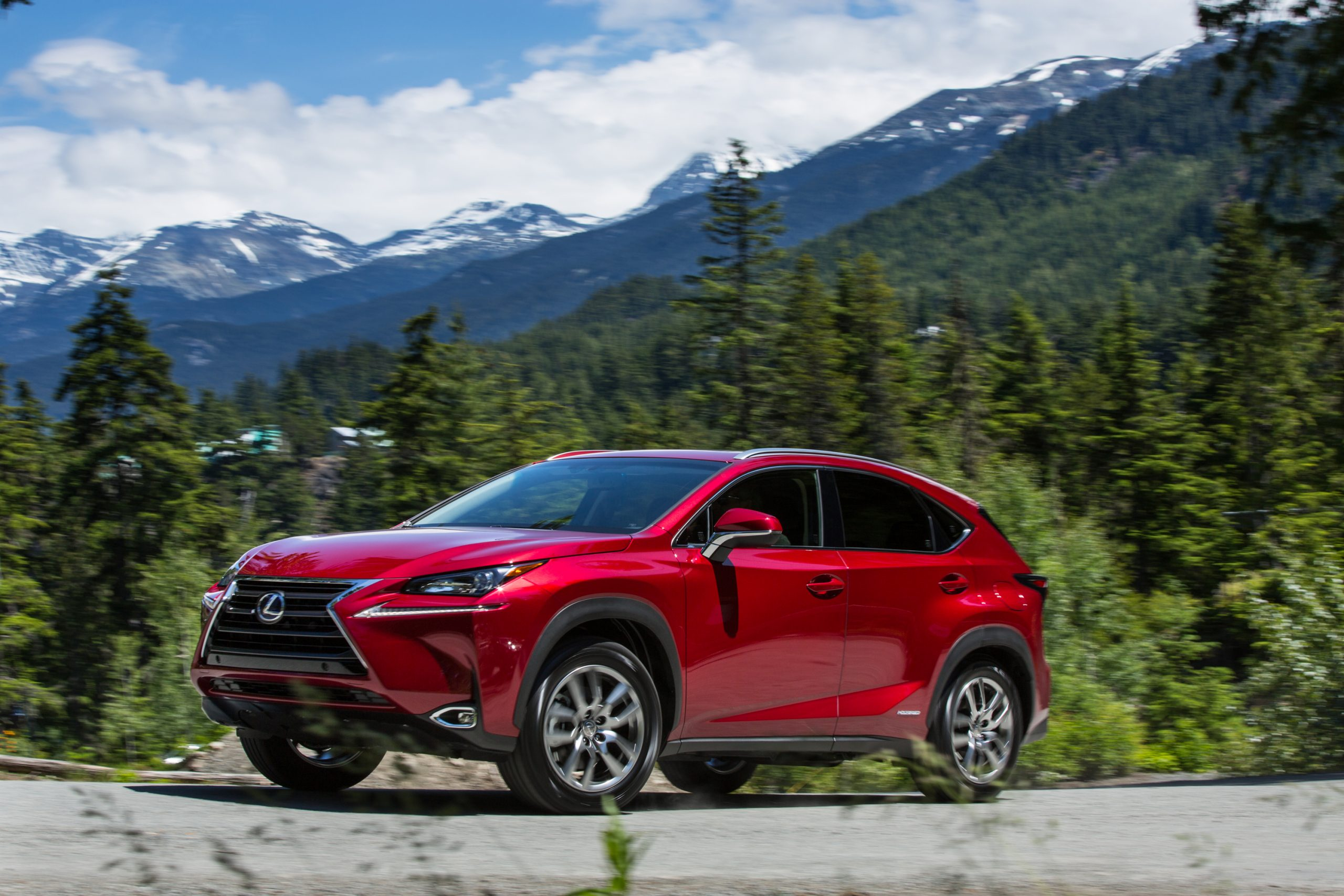 2021_Lexus_NX_300h_002-scaled